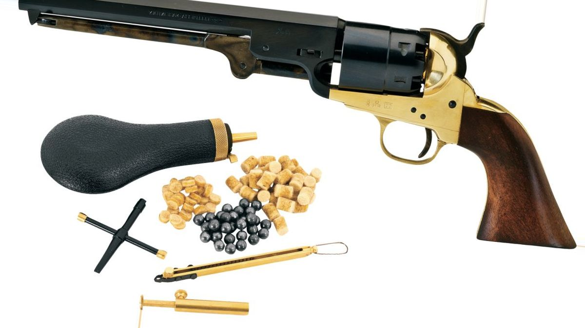 Pietta Model 1851 Confederate Navy .44-Caliber Black Powder Revolver with Starter Kit
