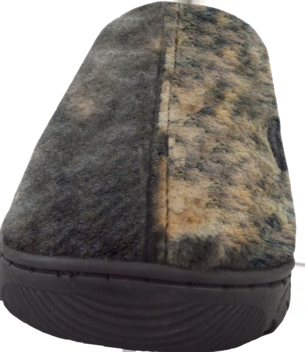 MUK LUKS® Men's Camouflage Slippers