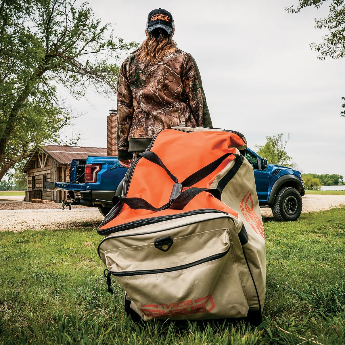 Scent Crusher Ozone Roller Bag