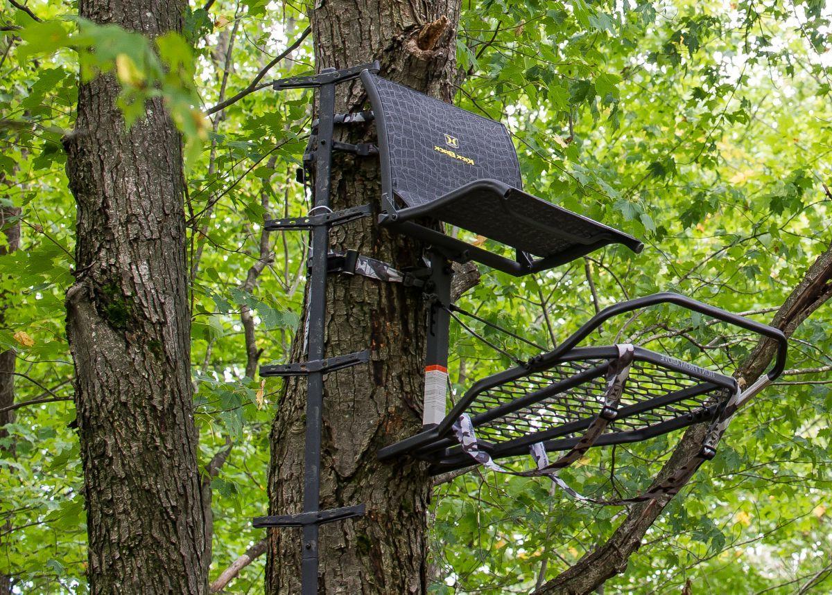 Hawk Kickback™ LVL Hang-On Treestand