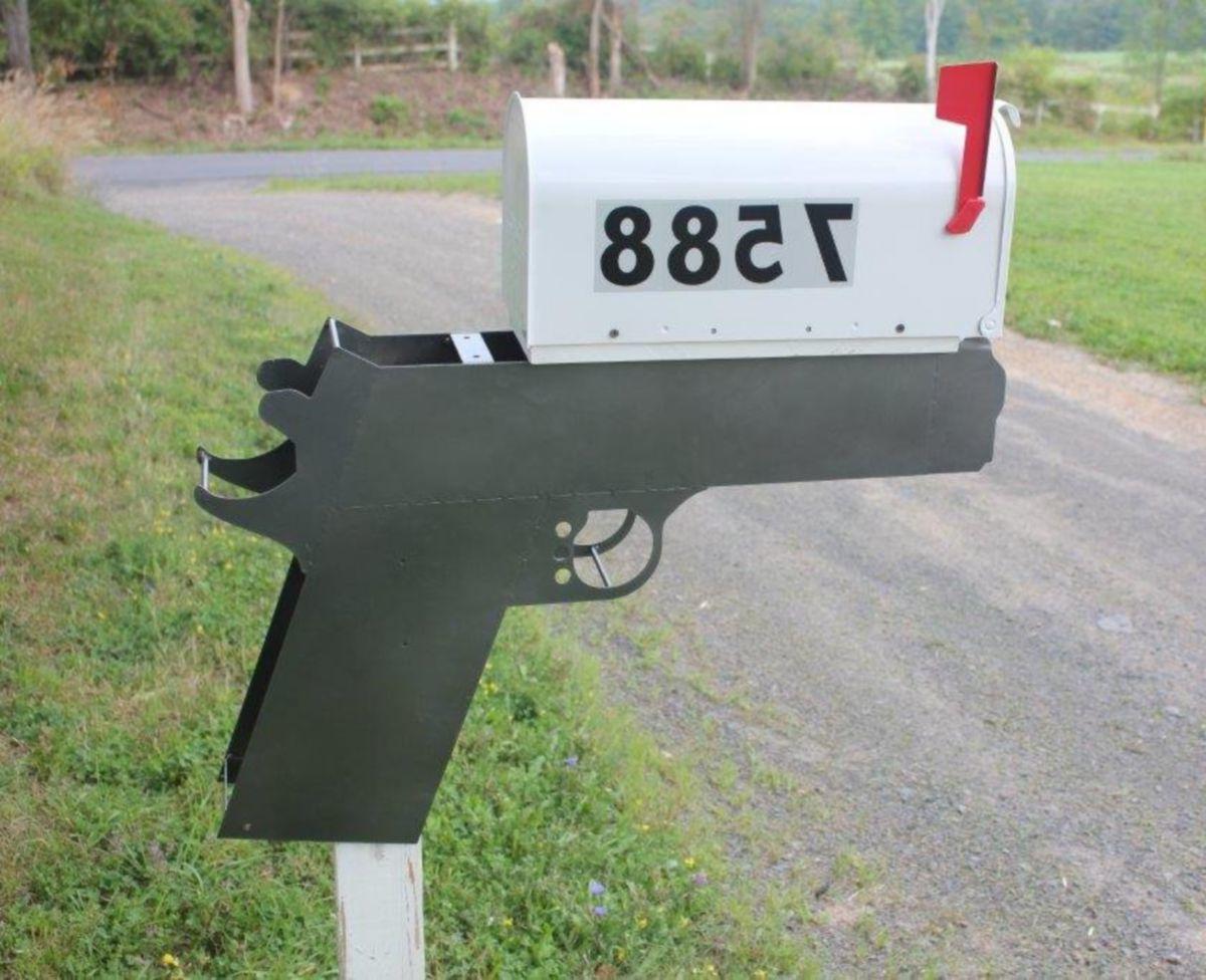 Hyskore® Model 1911 Mailbox Mount
