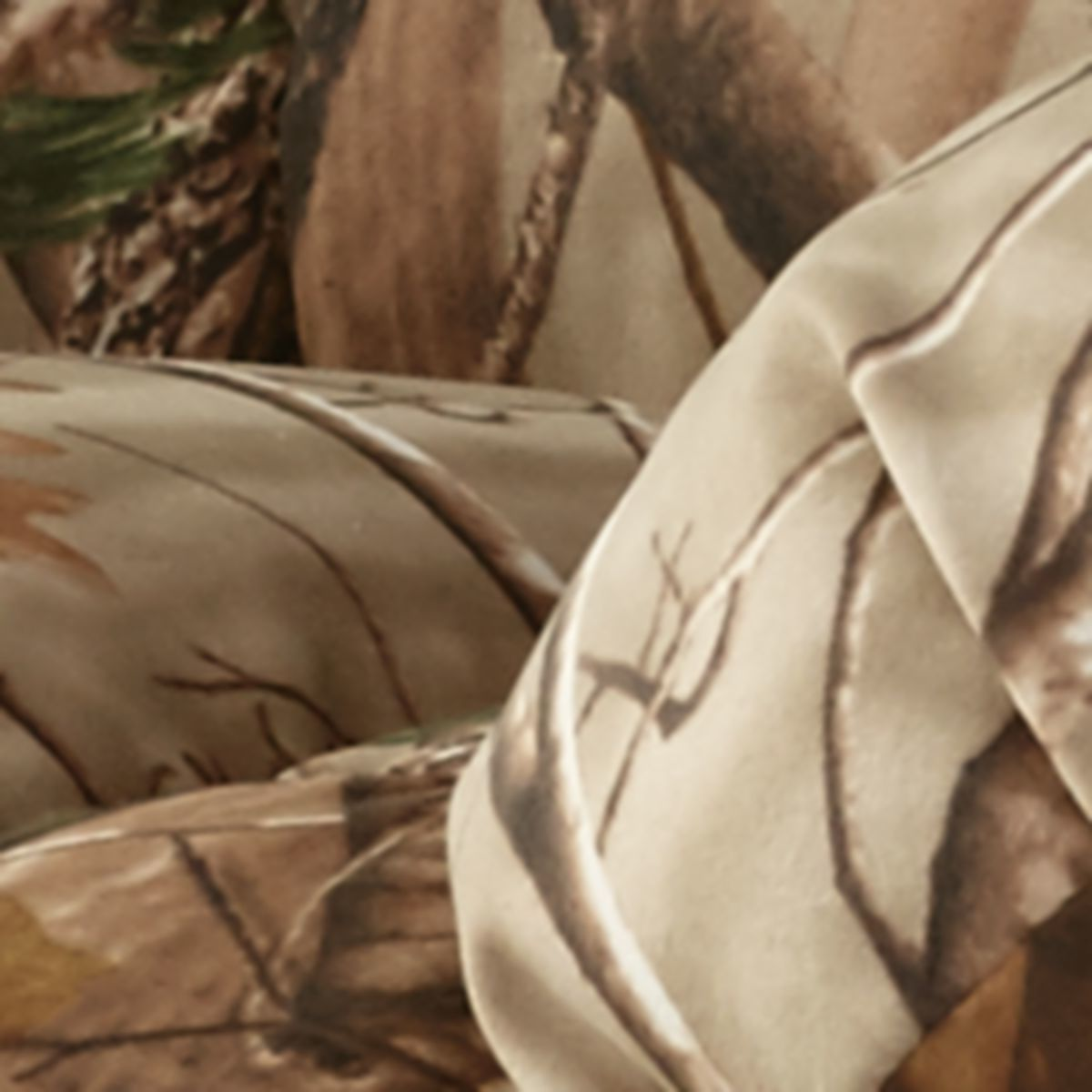 Best Home Furnishings Outdoorsman Max Recliner with Heat/Massage Rocker/Recliner