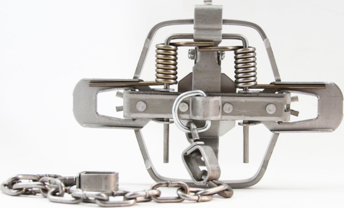Minnesota Trapline 1.75 Regular-Jaw Trap – Twelve-Pack