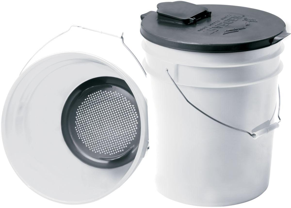 Traeger® Pellet Storage Lid and Filter Kit
