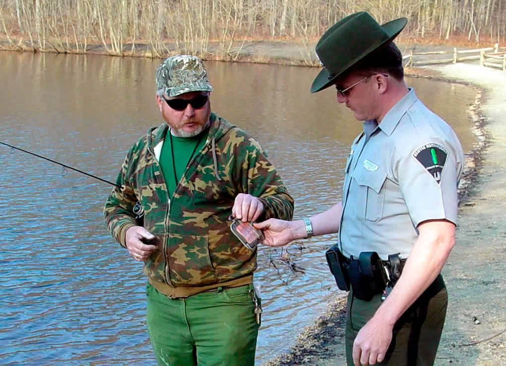 fishing license checking