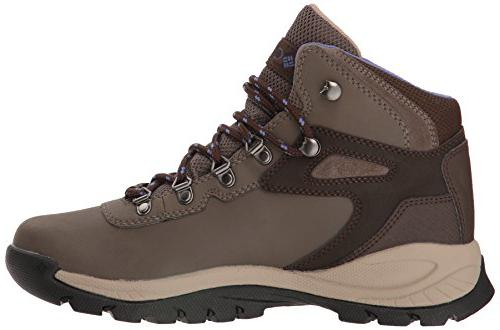 Columbia Women's Newton Ridge backcountry boots