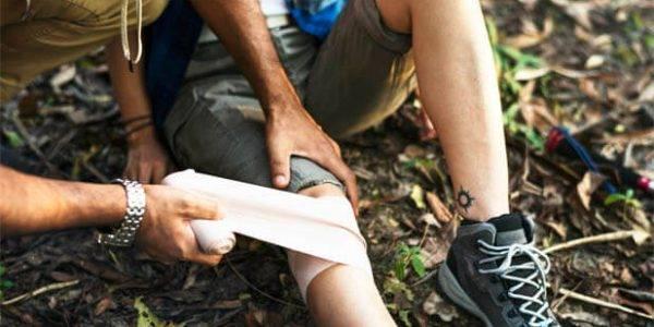 Wound Treatment On a Hike