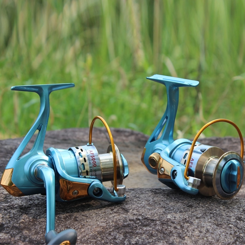 Sougayilang Full Metal Body High Quality Carp Fishing Spinning Reel 1000-5000Series Fishing Reel moden Design Fishing Reel Tools